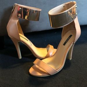 Tan and gold plated wrap around heels (6)